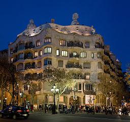 256px Casa Milà Barcelona Spain Jan 2007